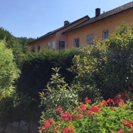 Großzügige Wohnung mit eigenem Gartenanteil und Terrasse in Kehl Ortsteil