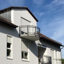 Superbe 2 pièces avec balcon et parking  proche Kehl